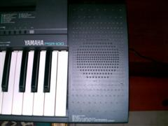 Yamaha PSR-100 Portatone Keyboard Synthesizer